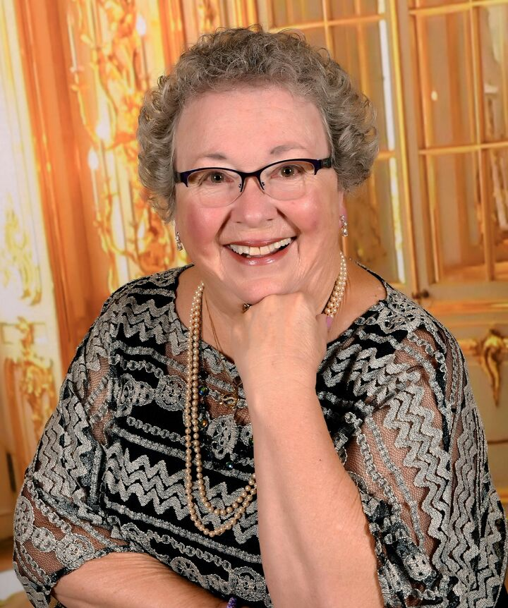 Bernadette Aguiar-Johnson, Managing Broker | Realtor® in Freeland, Windermere