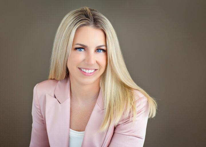 Melanie Dangzalan, REALTOR® in Santa Cruz, David Lyng Real Estate