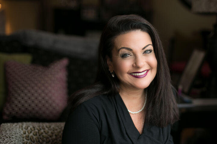 Audrey Manzanares, Real Estate Advisor, Luxury Marketing Specialist in Seattle, Windermere