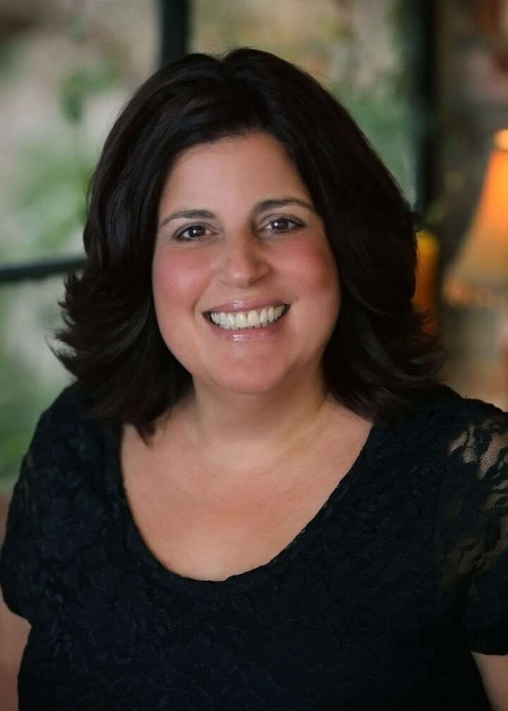 Maria Amini, REALTOR® in Walnut Creek, Dudum Real Estate