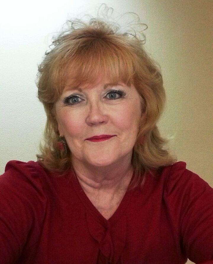 Darlene Graham, Receptionist in Henderson, Windermere