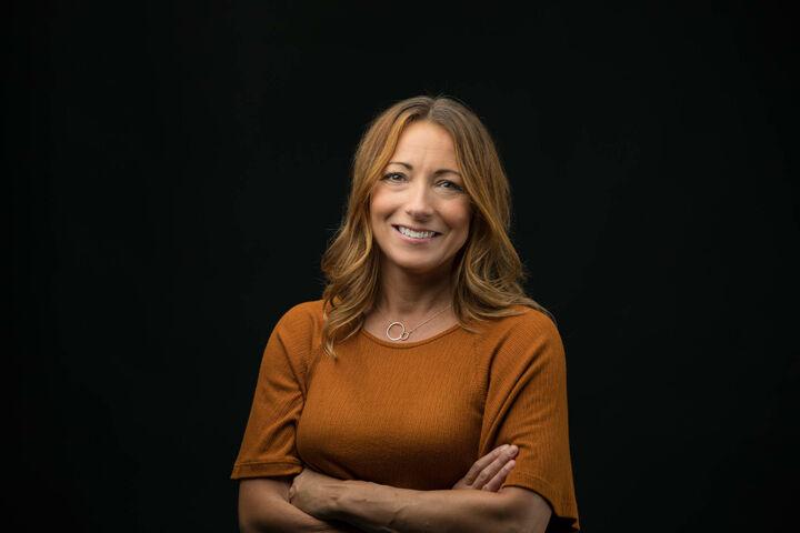 Joanna Hayes,  in Seattle, Windermere