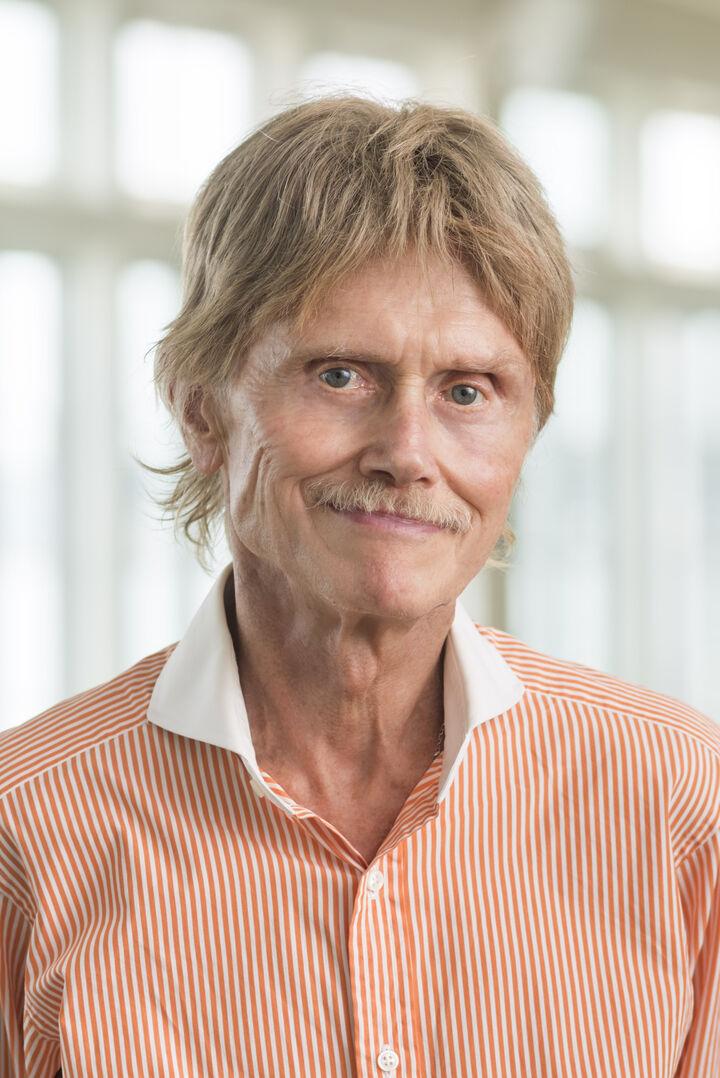 Raymond Mott, Broker/Owner in Charlestown, Mott & Chace Sotheby's International Realty
